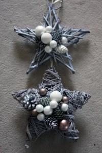 weihnachtsterne-türdekoration
