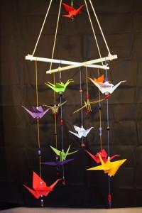 mobile-origami-kraniche-bunt